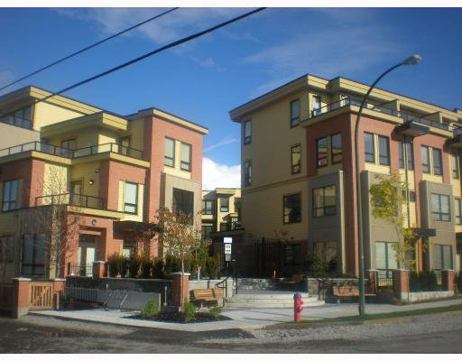 """Main Photo: 111 1859 STAINSBURY Avenue in Vancouver: Victoria VE Townhouse for sale in """"WORKS"""" (Vancouver East)  : MLS®# V744369"""