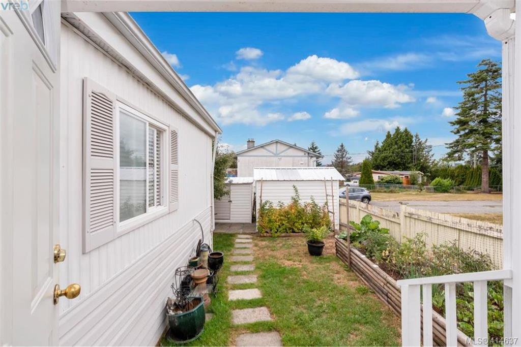 Photo 29: Photos: 9 1536 Middle Road in VICTORIA: VR Glentana Manu Double-Wide for sale (View Royal)  : MLS®# 414637
