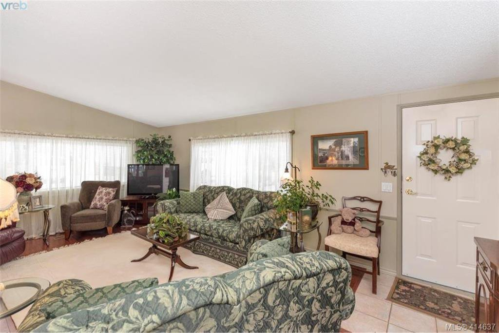 Photo 24: Photos: 9 1536 Middle Road in VICTORIA: VR Glentana Manu Double-Wide for sale (View Royal)  : MLS®# 414637