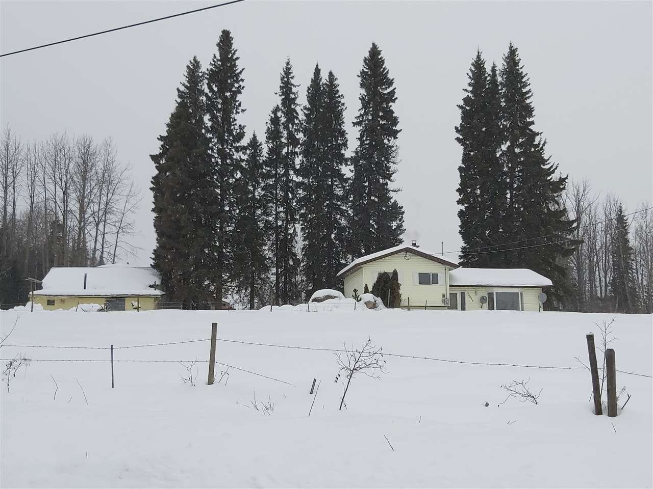 Main Photo: 24870 ISLE PIERRE - REID LAKE Road in Prince George: Nukko Lake House for sale (PG Rural North (Zone 76))  : MLS®# R2427392