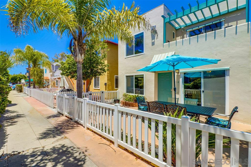 Main Photo: MISSION BEACH Property for sale: 814-16 Jamaica Court in San Diego