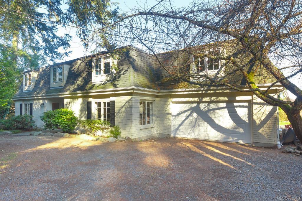 Main Photo: 4623 Cordova Bay Rd in Saanich: SE Cordova Bay House for sale (Saanich East)  : MLS®# 838963