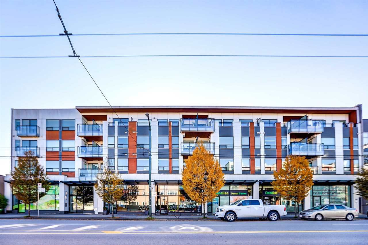 "Main Photo: 215 2858 W 4TH Avenue in Vancouver: Kitsilano Condo for sale in ""KitsWest"" (Vancouver West)  : MLS®# R2516586"