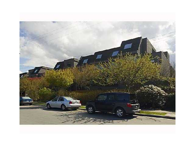 Main Photo: 109 1990 W 6TH Avenue in Vancouver: Kitsilano Condo for sale (Vancouver West)  : MLS®# V823360