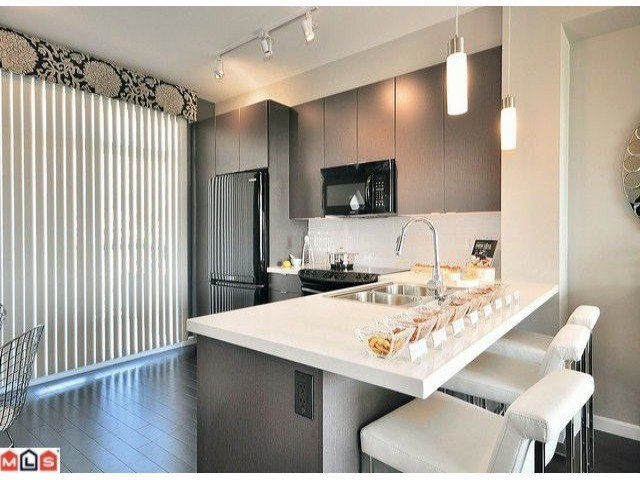 """Photo 4: Photos: 3 19505 68A Avenue in Surrey: Clayton Townhouse for sale in """"CLAYTON RISE"""" (Cloverdale)  : MLS®# F1014111"""