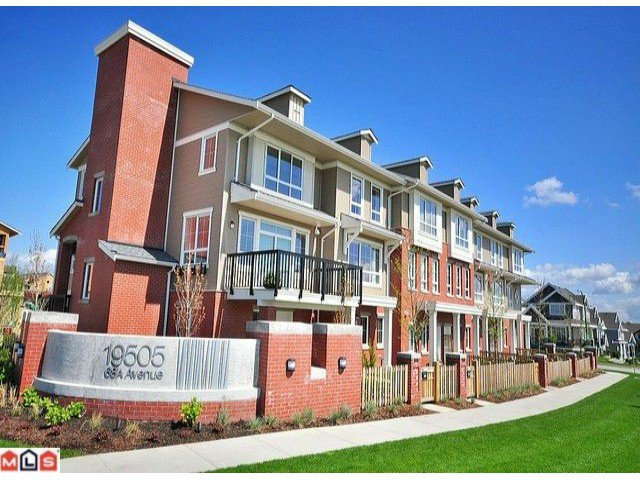 "Main Photo: 3 19505 68A Avenue in Surrey: Clayton Townhouse for sale in ""CLAYTON RISE"" (Cloverdale)  : MLS®# F1014111"