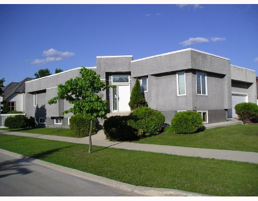 Main Photo: 52 DUMBARTON Boulevard in WINNIPEG: River Heights / Tuxedo / Linden Woods Residential for sale (South Winnipeg)  : MLS®# 2811868