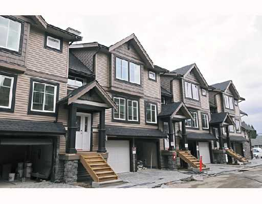 """Photo 10: Photos: 9 22206 124 Avenue in Maple_Ridge: West Central Townhouse for sale in """"COPPERSTONE RIDGE"""" (Maple Ridge)  : MLS®# V742093"""