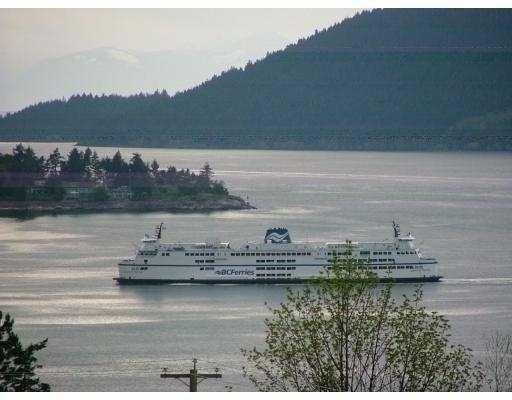 Main Photo: 8710 SEASCAPE Drive in West_Vancouver: Howe Sound Townhouse for sale (West Vancouver)  : MLS®# V775045