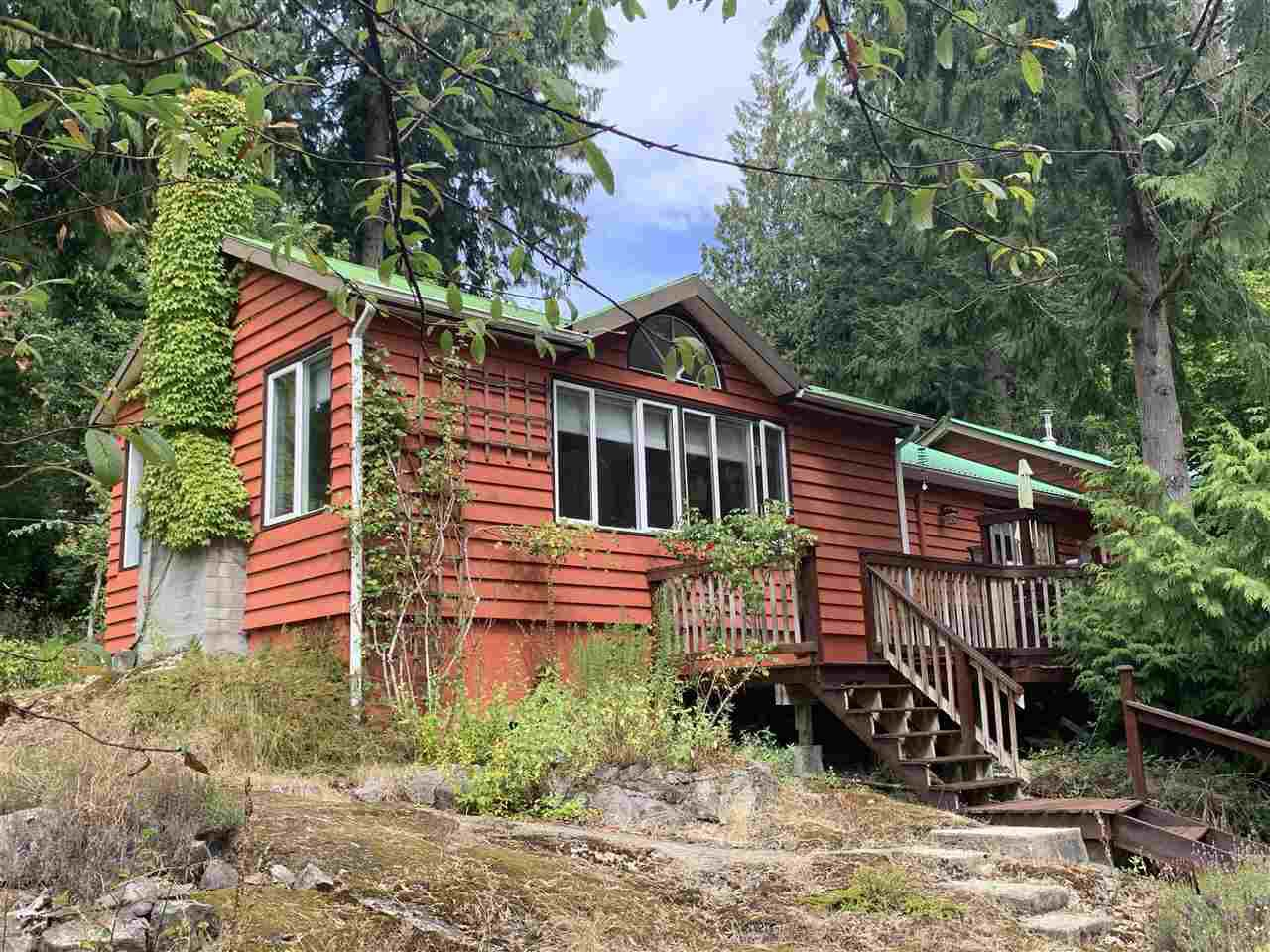 """Main Photo: 2220 MAPLE Road: Gambier Island House for sale in """"Gambier Harbour"""" (Sunshine Coast)  : MLS®# R2493314"""
