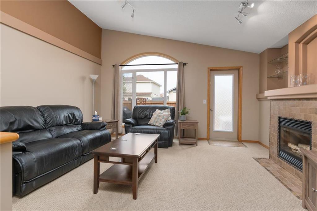 Photo 7: Photos: 182 Fulton Street in Winnipeg: Residential for sale (2F)  : MLS®# 202025501