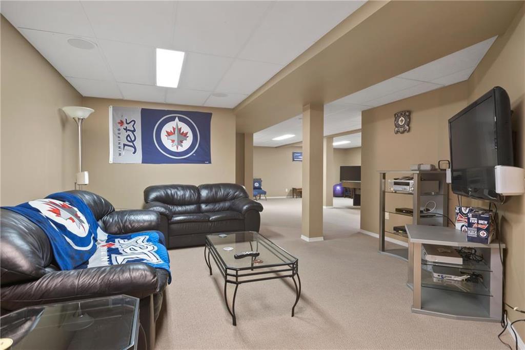 Photo 17: Photos: 182 Fulton Street in Winnipeg: Residential for sale (2F)  : MLS®# 202025501