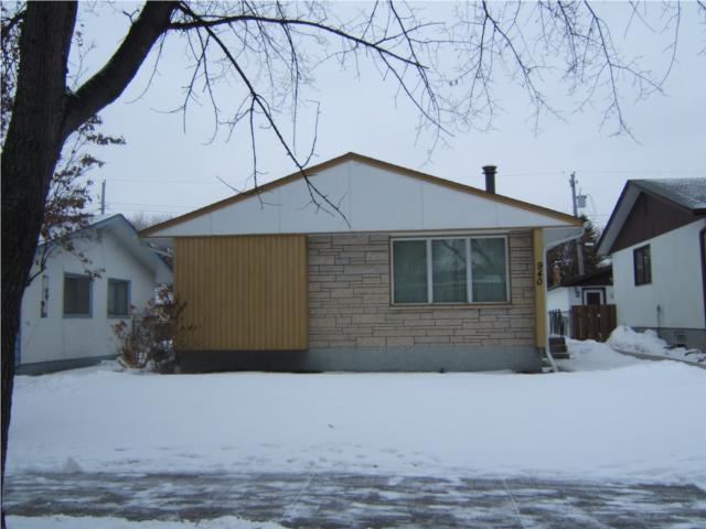 Main Photo: 940 Consol Avenue in WINNIPEG: East Kildonan Residential for sale (North East Winnipeg)  : MLS®# 1001070