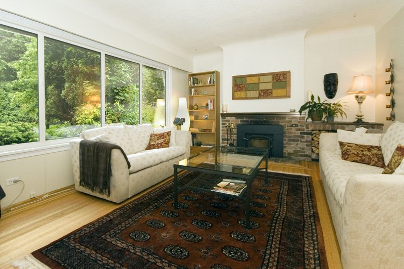 Photo 2: Photos: 4627 W 16TH Avenue in Vancouver: Point Grey House for sale (Vancouver West)  : MLS®# V825746