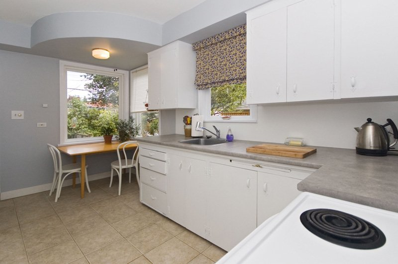 Photo 10: Photos: 4627 W 16TH Avenue in Vancouver: Point Grey House for sale (Vancouver West)  : MLS®# V825746