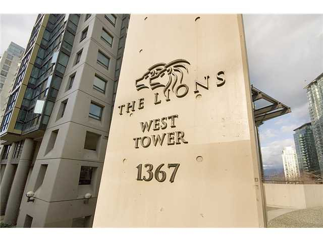 """Photo 6: Photos: 1205 1367 ALBERNI Street in Vancouver: West End VW Condo  in """"THE LIONS"""" (Vancouver West)  : MLS®# V858964"""