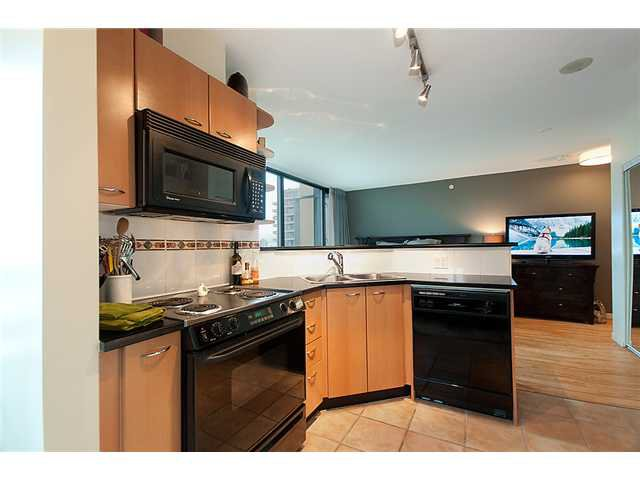 """Photo 2: Photos: 1205 1367 ALBERNI Street in Vancouver: West End VW Condo  in """"THE LIONS"""" (Vancouver West)  : MLS®# V858964"""