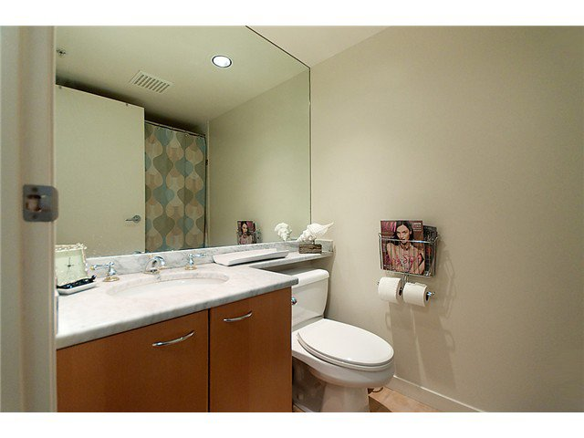 """Photo 5: Photos: 1205 1367 ALBERNI Street in Vancouver: West End VW Condo  in """"THE LIONS"""" (Vancouver West)  : MLS®# V858964"""