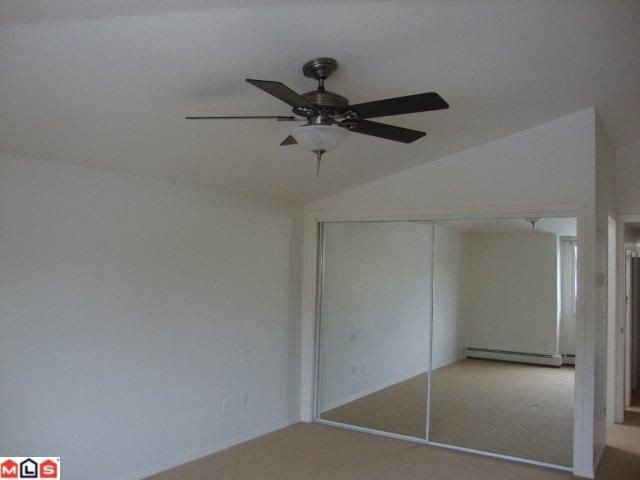 "Photo 7: Photos: 859 HABGOOD Street: White Rock House 1/2 Duplex for sale in ""EAST BEACH AREA"" (South Surrey White Rock)  : MLS®# F1028235"