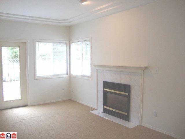 "Photo 2: Photos: 859 HABGOOD Street: White Rock House 1/2 Duplex for sale in ""EAST BEACH AREA"" (South Surrey White Rock)  : MLS®# F1028235"