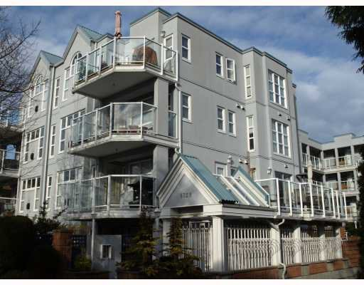 """Main Photo: 103 8728 MARINE Drive in Vancouver: Marpole Condo for sale in """"RIVERVIEW COURT"""" (Vancouver West)  : MLS®# V757046"""