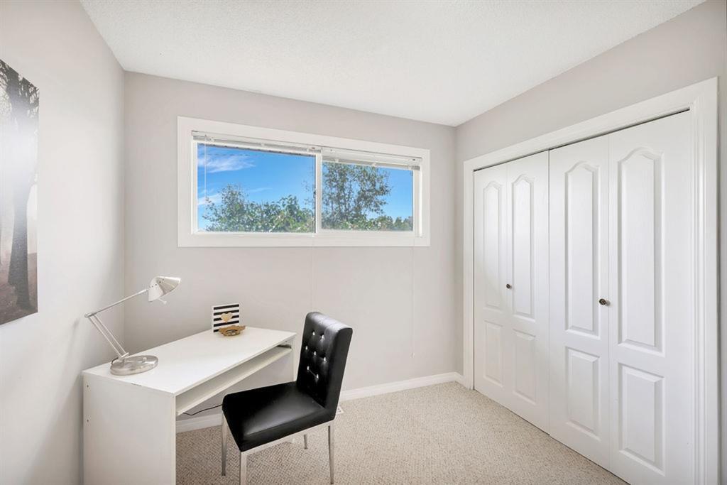 Photo 17: Photos: 105 Brooks Street: Aldersyde Detached for sale : MLS®# A1021637