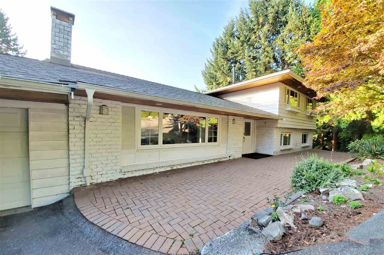 Main Photo: 670 ST. ANDREWS Road in West Vancouver: British Properties House for sale : MLS®# R2517540