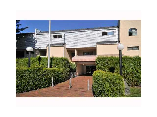 """Main Photo: 210 975 E BROADWAY Street in Vancouver: Mount Pleasant VE Condo for sale in """"SPARWOOD"""" (Vancouver East)  : MLS®# V858142"""