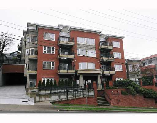 """Main Photo: 308 221 11TH Street in New_Westminster: Uptown NW Townhouse for sale in """"THE STANFORD"""" (New Westminster)  : MLS®# V746674"""