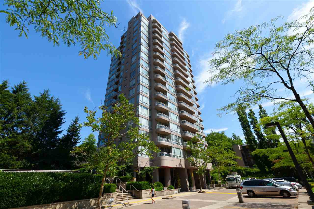 "Main Photo: 1507 9633 MANCHESTER Drive in Burnaby: Cariboo Condo for sale in ""STRATHMORE TOWERS"" (Burnaby North)  : MLS®# R2399464"