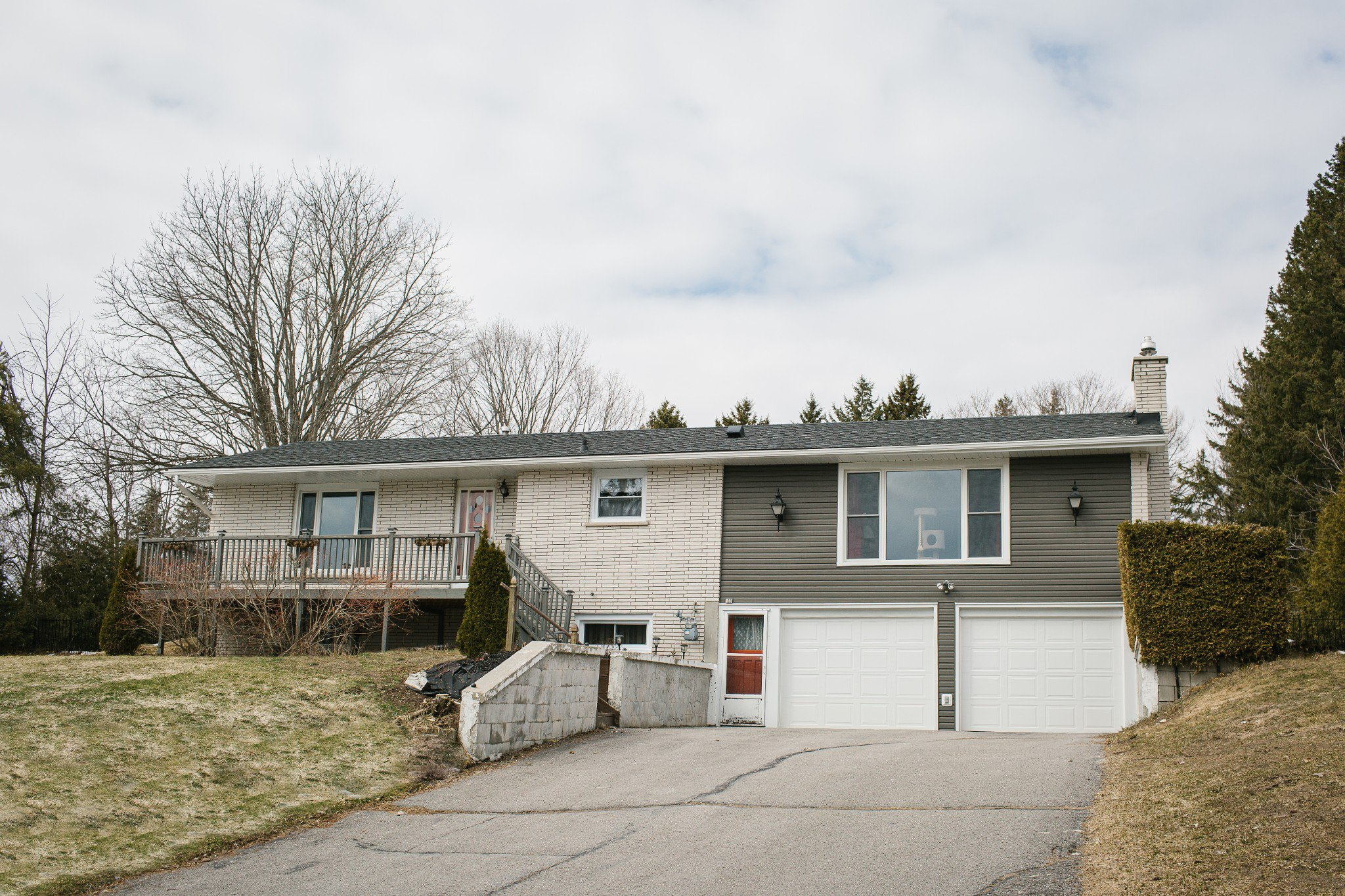 Main Photo: 122 Mill Street in Castleton: House for sale : MLS®# 245869