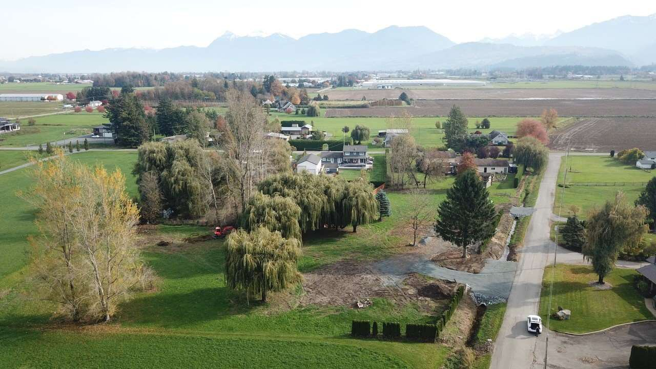 Main Photo: 43137 SMITH Road in Chilliwack: Greendale Chilliwack Land for sale (Sardis)  : MLS®# R2440087