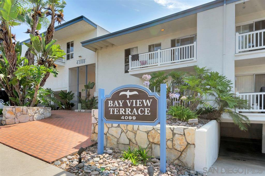 Main Photo: CLAIREMONT Condo for rent : 1 bedrooms : 4099 HUERFANO AVENUE #210 in San Diego