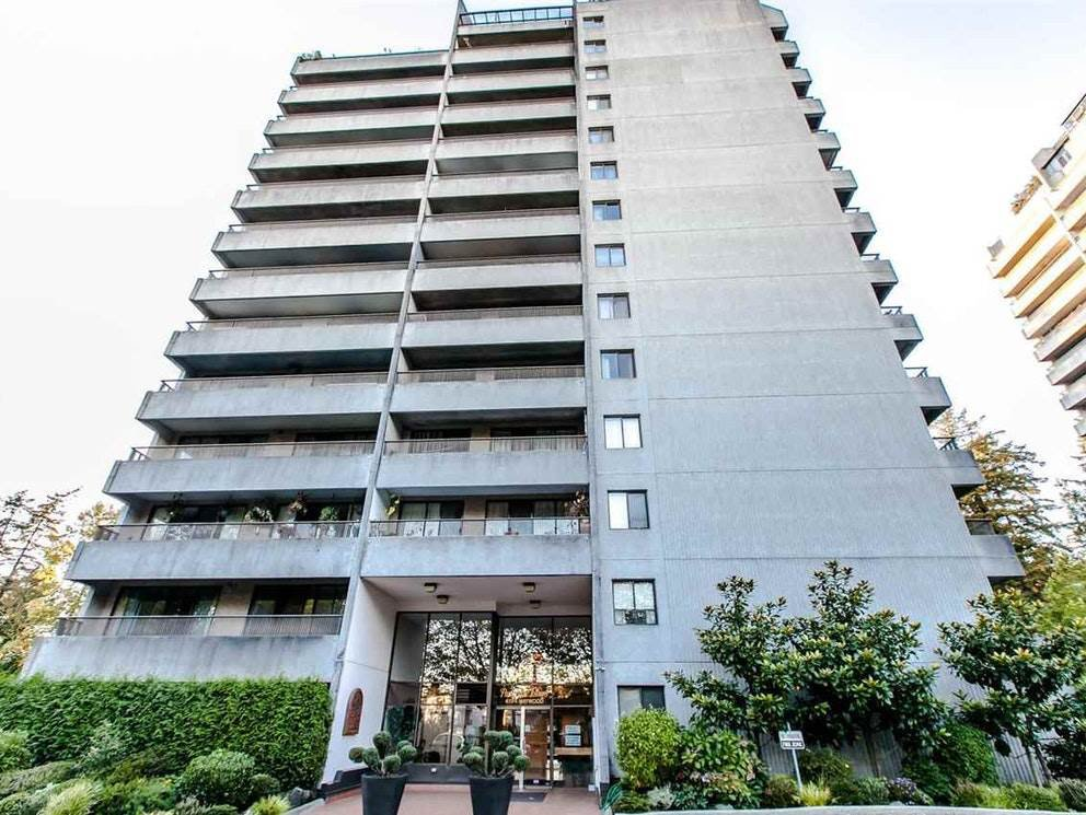 """Main Photo: 406 4194 MAYWOOD Street in Burnaby: Metrotown Condo for sale in """"PARK AVENUE TOWERS"""" (Burnaby South)  : MLS®# R2522402"""