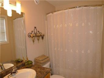 Photo 17: Photos: 713 Grabowski Crescent: Warman Single Family Dwelling for sale (Saskatoon NW)  : MLS®# 390002