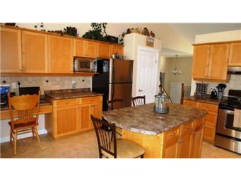 Photo 12: Photos: 713 Grabowski Crescent: Warman Single Family Dwelling for sale (Saskatoon NW)  : MLS®# 390002