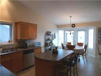 Photo 9: Photos: 713 Grabowski Crescent: Warman Single Family Dwelling for sale (Saskatoon NW)  : MLS®# 390002