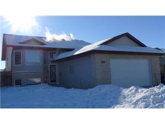 Photo 1: Photos: 713 Grabowski Crescent: Warman Single Family Dwelling for sale (Saskatoon NW)  : MLS®# 390002