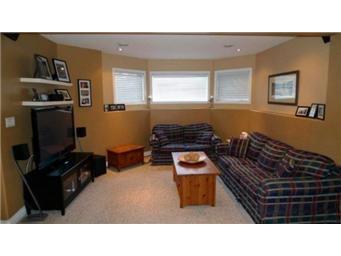 Photo 19: Photos: 713 Grabowski Crescent: Warman Single Family Dwelling for sale (Saskatoon NW)  : MLS®# 390002