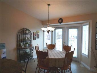 Photo 10: Photos: 713 Grabowski Crescent: Warman Single Family Dwelling for sale (Saskatoon NW)  : MLS®# 390002