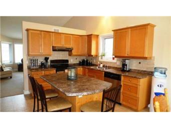Photo 11: Photos: 713 Grabowski Crescent: Warman Single Family Dwelling for sale (Saskatoon NW)  : MLS®# 390002