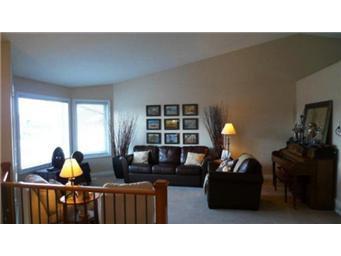 Photo 5: Photos: 713 Grabowski Crescent: Warman Single Family Dwelling for sale (Saskatoon NW)  : MLS®# 390002
