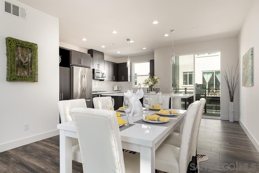 Main Photo: MISSION VALLEY Condo for sale : 2 bedrooms : 7769 Stylus Drive in San Diego