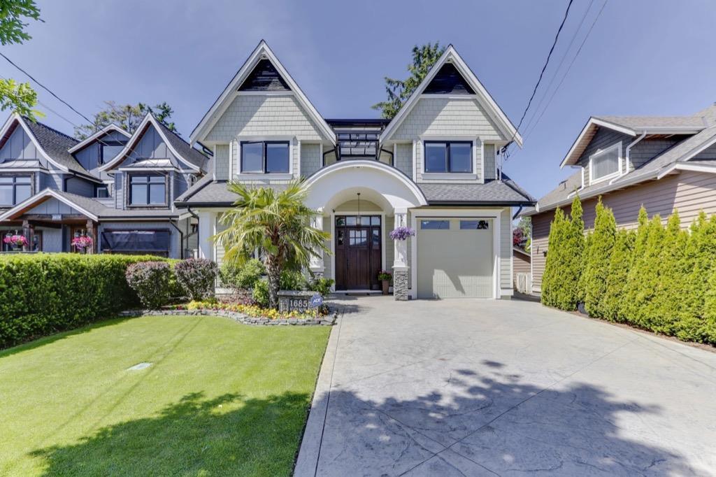 Main Photo: 1685 BEACH GROVE Road in Delta: Beach Grove House for sale (Tsawwassen)  : MLS®# R2458741
