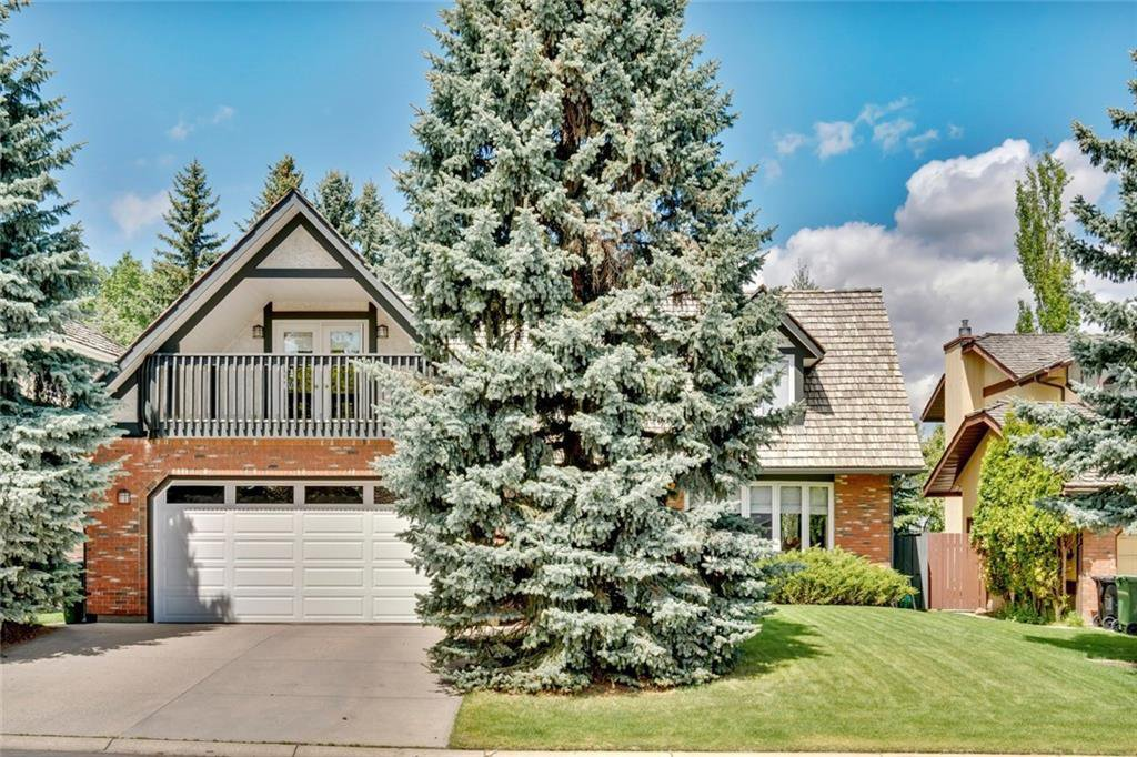 Main Photo: 40 STRADBROOKE Way SW in Calgary: Strathcona Park Detached for sale : MLS®# C4300390