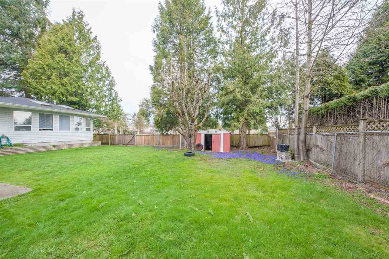 Main Photo: 2030 154 Street in Surrey: King George Corridor House for sale (South Surrey White Rock)  : MLS®# R2488013