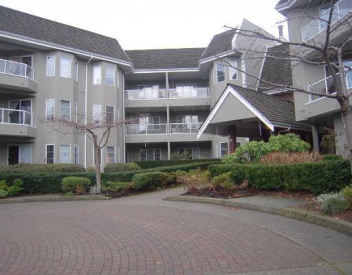 "Main Photo: 209 2020 CEDAR VILLAGE Crescent in North Vancouver: Lynn Valley Condo for sale in ""Kirkstone Gardens"" : MLS®# V812386"