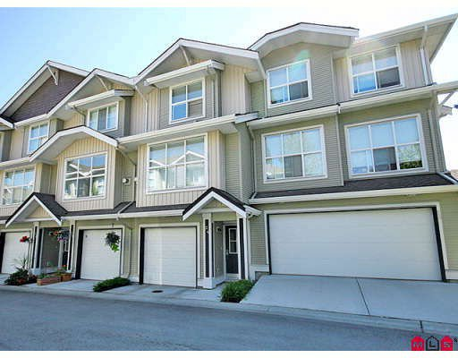 """Main Photo: 24 20460 66TH Avenue in Langley: Willoughby Heights Townhouse for sale in """"WILLOW EDGE"""" : MLS®# F2822446"""