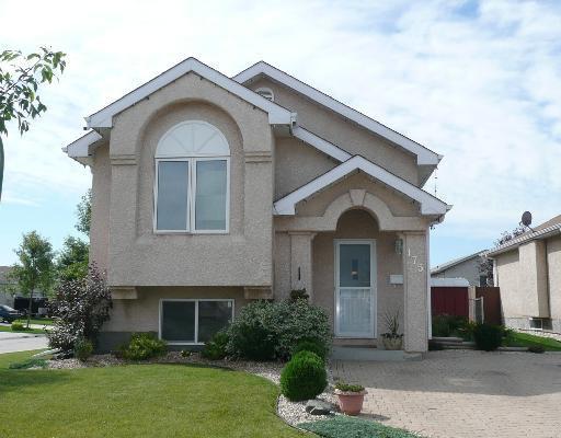 Main Photo: 175 ORUM Drive in WINNIPEG: North Kildonan Residential for sale (North East Winnipeg)  : MLS®# 2815592