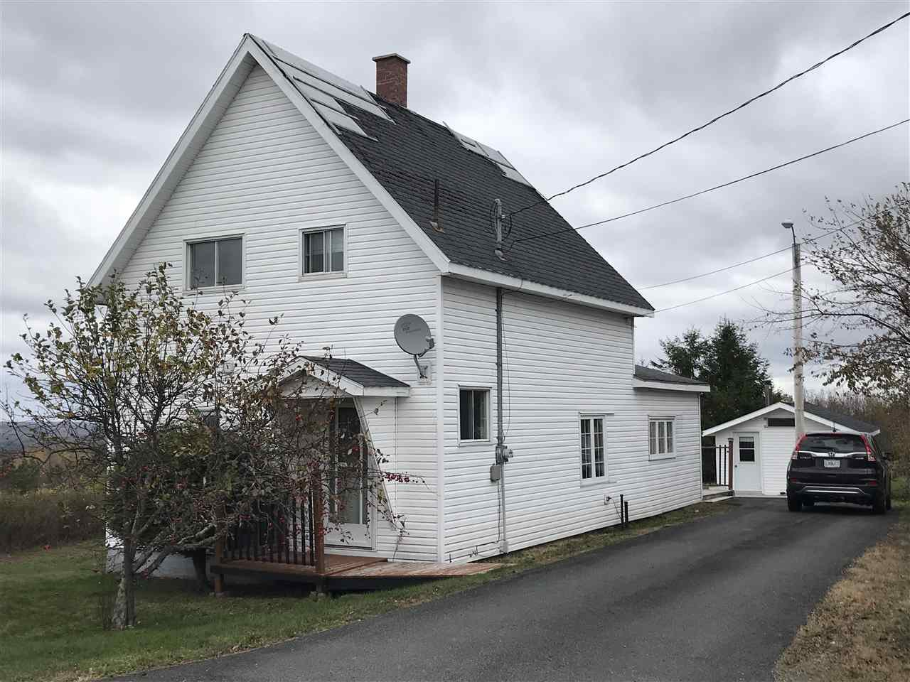 Main Photo: 7 McKay Street in Springhill: 102S-South Of Hwy 104, Parrsboro and area Residential for sale (Northern Region)  : MLS®# 202023274